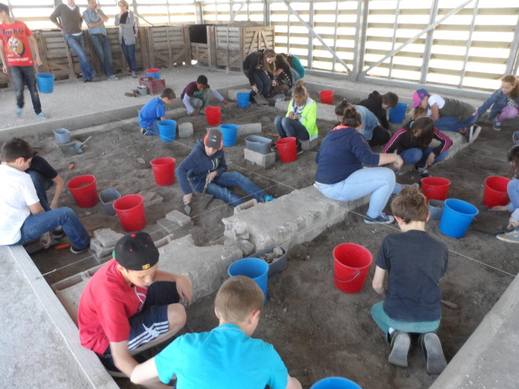 Atelier fouilles - Site du Fâ